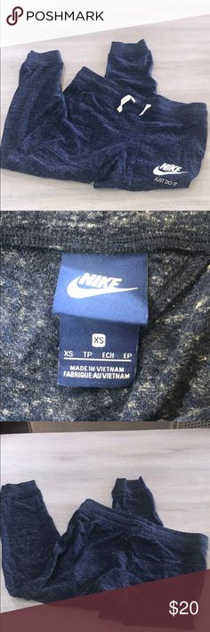 90c1c0303f Vintage heathered blue, super soft, drawstring waist, front pockets,  cropped, good condition worn once, size XS! Nike Pants Track Pants & Joggers