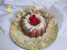 PATYCO - CANDYBAR : *White Chocolate Mocha Cake* Chocolate Mocha Cake, Chocolate Blanco, Bundt Cakes, Oreo, Baking, Desserts, Food, Mocha Cake, Sweet Recipes
