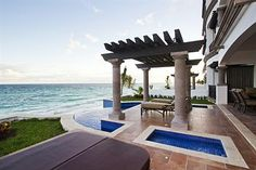 Grand Residences Cancun - A beautiful hotel in Puerto Morelos, Riviera Maya.