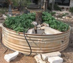 diy how to maximize your growing space with keyhole gardens keyhole gardening pinterest round beds composting and africa - Keyhole Garden Kit