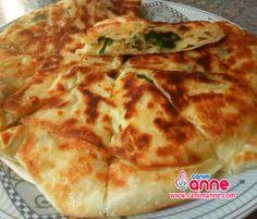 Ispanaklı Tava Böreği Tarifi http://www.canimanne.com/ispanakli-tava-boregi-tarifi.html tavada ıspanaklı börek hazır. Check more at http://www.canimanne.com/ispanakli-tava-boregi-tarifi.html