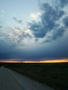 #12 cool storm chasing pics....Kansas has some awesome skies