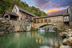 Mill & Canyon Grill Restaurant at Dogwood Canyon is located at 2038 West State Hwy Lampe, MO 65681 Vacation Places, Vacation Spots, Places To Travel, Greece Vacation, Dream Vacations, Travel Destinations, Branson Missouri Restaurants, Great Places, Places To See
