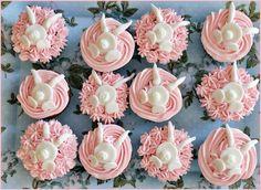 Päät piilossa Mini Cupcakes, Desserts, Food, Healthy, Tailgate Desserts, Deserts, Essen, Dessert, Yemek