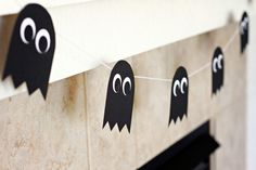 LOVE the ghost garland! :-)