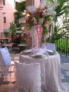 wedding table at the Royal Hawaiian...wow