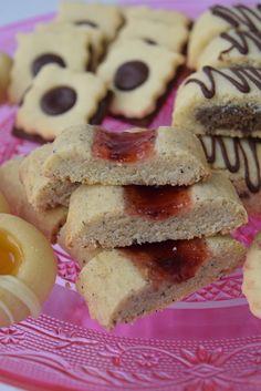 kakor. Cake Pops, Brown Sugar, Tart, Biscuits, Ice Cream, Cookies, Desserts, Food, Pillows