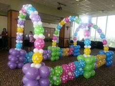 Hermoso tunel de globos