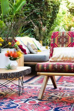 Bohemian decoration. Outdoor decoration ideas. Boho chic. Gypset style, gypset living