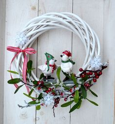 "věnec \""ptačí povídání\"" Christmas Wreaths, Holiday Decor, Home Decor, Decoration Home, Room Decor, Home Interior Design, Home Decoration, Interior Design"
