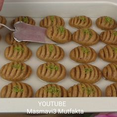 Mini Cupcakes, Biscuits, Almond, Cooking Recipes, Stuffed Peppers, Bread, Cookies, Breakfast, Desserts