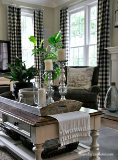 Great Farmhouse Living Room Decor Ideas – Farmhouse style is charming and comfortabl… – All About Home Decoration Plaid Living Room, Chic Living Room, Home And Living, Living Room Decor, Living Rooms, Small Living, Modern Living, Bedroom Decor, Cottage Living