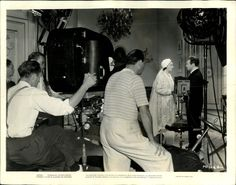 Kay Francis Claude Rains on set of Stolen Holiday 1937 - Director Michael Curtiz looks on. Claude Rains, Ronald Colman, Kay Francis, On Set, That Look, Celebrities, Holiday, Life, Art