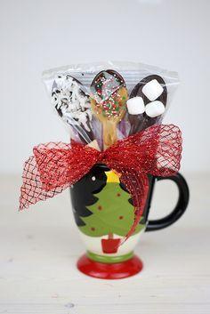 Easy Teacher & Neighbor Gifts #KraftEssentials #Shop