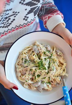 Pasta with mushrooms - easy, fast and tasty :) - wytrawne - Makaron Pasta Recipes, Diet Recipes, Vegetarian Recipes, Cooking Recipes, Healthy Recipes, Veg Dishes, Pasta Dishes, Good Food, Yummy Food