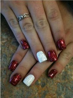 30 festive Christmas acrylic nail designs: White and red nails