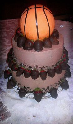 54 Ideas Basket Ball Cake Small For 2019 Basketball Wedding, Basketball Cakes, Basketball Party, Fondant Tips, Oreo Truffles, Valentine Cake, Cake Table, Table Party, No Cook Desserts