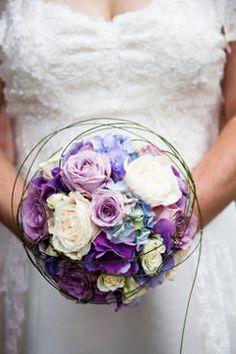 brautstrauss in lila