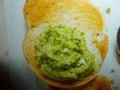 hummus di ceci e broccoli - tartine