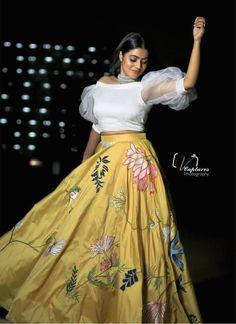 Half Saree Designs, Fancy Blouse Designs, Lehenga Designs, Women's Dresses, Indian Gowns Dresses, Indian Wedding Outfits, Indian Outfits, Indian Designer Outfits, Designer Dresses