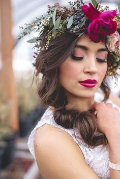 utahbrideblog.com | Utah wedding blog featuring the best vendors and advice | retrato - retratos femininos - ensaio feminino - ensaio externo - fotografia - ensaio fotográfico - book - coroa de flores - crown