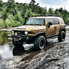 Toyota FJ Cruiser doin' what it's made to do! Toyota FJ Cruiser doin' what it's made to do! Toyota Fj40, Toyota Fj Cruiser, Fj Cruiser Mods, Bug Out Vehicle, Off Road Adventure, Expedition Vehicle, Offroad, Dream Cars, Monster Trucks