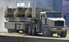 A very recent purchase by the United Arab Emirates, the Jobaria Defense System Multiple Cradle Launcher System. Armed with 240 tubes of and this mobile artillery system does the job of 6 older rocket artillery vehicles. A support vehicle is a Military Gear, Military Weapons, Military Equipment, Oshkosh Military, Military Soldier, Army Vehicles, Armored Vehicles, Tank Armor, Armored Truck