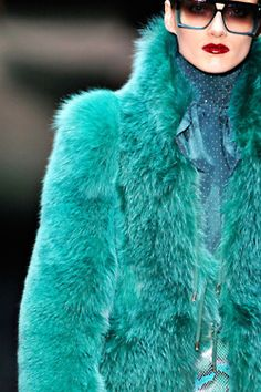 12b075e7dc2 getthelooks  Looking for a great faux fur version of a jacket like this   Found one HERE  ) Motel The Freya Coat in Forest Off)