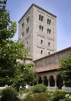 Tower in Summer, The Cloisters Gardens