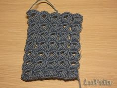 Crocheting pattern/tutorial. @Alaina Carman....just saying, you should learn how to do this! And make me a scarf.