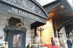 数々の映画やドラマにも登場する高級ホテル『PLAZA HOTE(プラザホテル)』。 目の前がセントラルパークと5番街という絶好のロケーションにあるホテルですが、その地下に『THE PLAZA FOOD HAL...