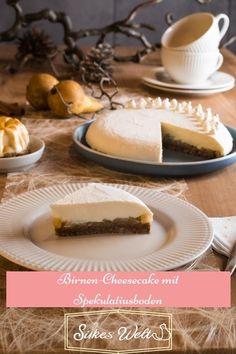 Dieser herrliche Cheesecake (no bake) ist der Inbegriff des Herbst. Durch den Spekulatiusboden ist er ein Vorbote der Weihnachtszeit und die Birnen geben im die gewisse Fruchtnote. Abgerundet wird der Kuchen durch eine herrlich weiche Creme ohne Ei! Er ist ein Gedicht und perfekt für Silikonformen. Schau DIr das Rezept an. #silkeswelt #birnenkuchen #Herbstkuchen