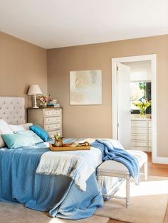 How to choose the colors to paint your house - Decoration for Home Bedroom Paint Colors, Colorful Bedroom Inspiration, Colorful Interiors, Home, Home Bedroom, Luxurious Bedrooms, Home Deco, Bedroom Decor, Bedroom Colors