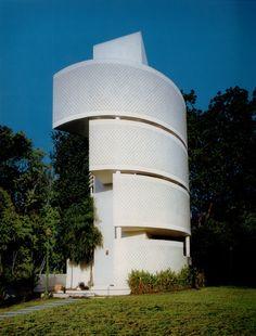 Casa Barría een huis naar ontwerp van Mallol & Wolfschoon 1986-1990.
