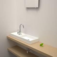 Bent u opzoek naar een moderne nieuwe badkamer met design kranen, een strak badkamer meubel en een minimalistisch toilet? Voor alle laatste trends op badkamer gebied bent u bij Streker Tegelhuisop het juiste adres. Wij hebben een ruime keuze op het gebied van moderne en strakke badkamers.Kiest u voor een minimalistische badkamer met zwart, wit …