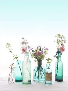 bottles with flowers, bottiglie portafiori