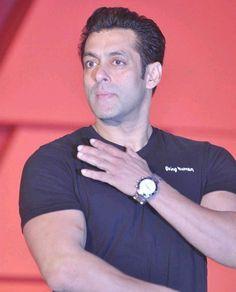 Salman Khan Photo, Bollywood Celebrities, Celebrity Crush, Handsome, Big Big, Fan, Fans, Computer Fan