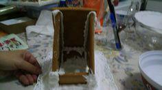 montando a casinha de gingerbread com glace real