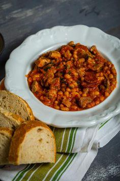 Tarjás-kolbászos babragu recept | Street Kitchen