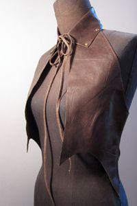 женские жилетки из кожи