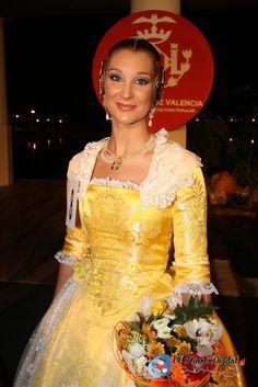 Formal Dresses, Google, Fashion, Templates, Vestidos, Vintage Outfits, Petticoats, Cowboys, Saddle Pads