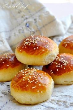 Staling savory soda – Bread Recipes Sandviç – The Most Practical and Easy Recipes Bread Recipes, Cooking Recipes, Delicious Desserts, Yummy Food, Oreo Desserts, Banoffee Pie, Soda Bread, Bread And Pastries, Turkish Recipes