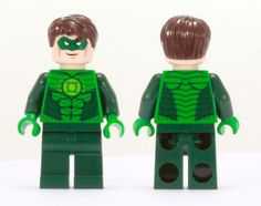 The coolest Hero of the green lantern corps, and a main contender of the DC justice league. murderer of hector Hammond, krono, and the killer of star sapphire. MY favourite. Green Lantern Hal Jordan, Green Lantern Corps, Lego Minifigs, Green Toys, Lego Dc, Lego Super Heroes, Cool Lego, Dc Heroes, Batgirl