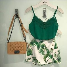 Love the green color Cute Summer Outfits, Cute Casual Outfits, Chic Outfits, Pretty Outfits, Chic Summer Style, Teenager Outfits, Teen Fashion, Casual Looks, Ideias Fashion