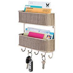 mDesign Schlüsselbrett mit Ablage - vielseitiges Schlüsselboard aus Metall mit Akzenten aus Kunststoffgeflecht - mit 2 Briefablagen für Post und Magazine - Perlmutt/Champagner