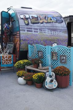 Sisters on the Fly Vintage Trailer Tours at National Cowgirl Museum and Hall of Fame