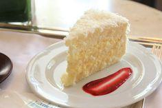 ハレクラニ特製ココナッツケーキ