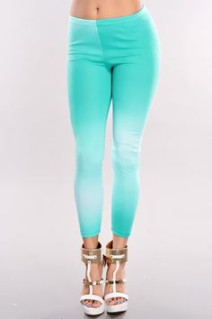 For your cross-country road trip, make sure to pack these out-of-this-world leggings with an oversized knit sweater and low boots to keep you comfortable and inspired during your trip. Good thing youre on this trip, and even better that you've bought these comfy, flexible fabric bottoms! These leggings features high waist, gradient and stretchy fit.