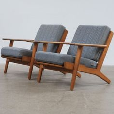 Hans Wegner GE290 Chairs