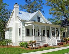 A collection of cottages throughout the town of Habersham. Cottage House Plans, Cottage Homes, Cottage Style, Cottage Ideas, Farmhouse Plans, Modern Farmhouse, Farmhouse Style, Small House Exteriors, Southern Cottage